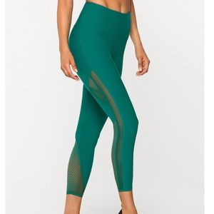 LORNA JANE Firece Booty Support Tights